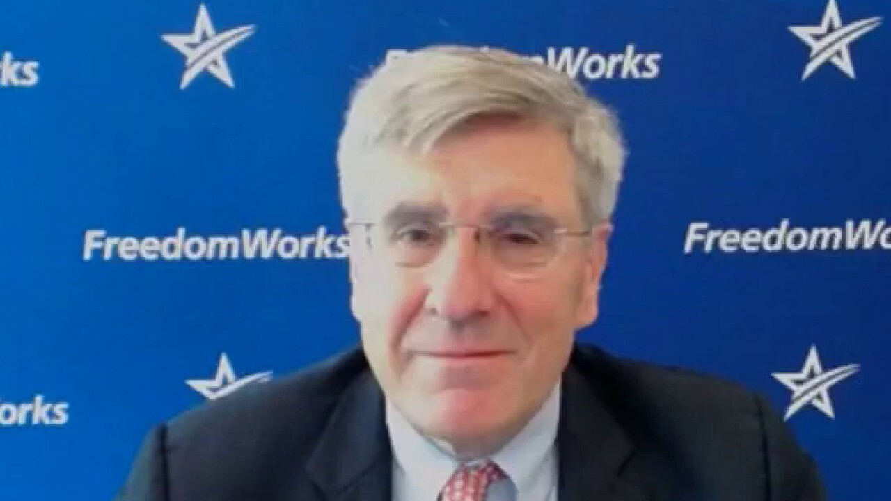Economist Stephen Moore explains how the COVID-19 pandemic and recent surge of cases due to the Delta variant is changing the office structure long-term.