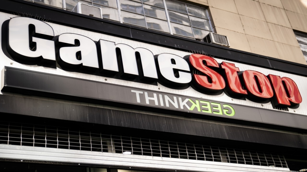 Former SEC Chairman Harvey Pitt discusses the GameStop stock frenzy, regulating retail investing and Tesla investing in bitcoin.