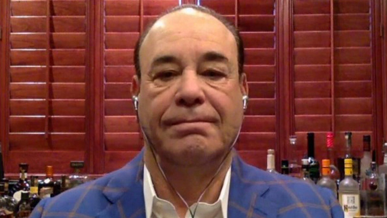 Restaurants can return to normal by summer if we can overcome worker shortage: Taffer