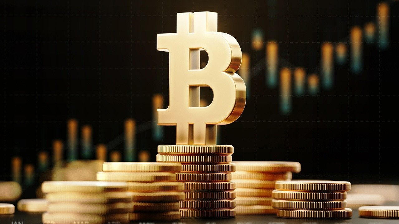 Hehmeyer CEO Chris Hehmeyer argues the value of bitcoin will rise over the long-term.