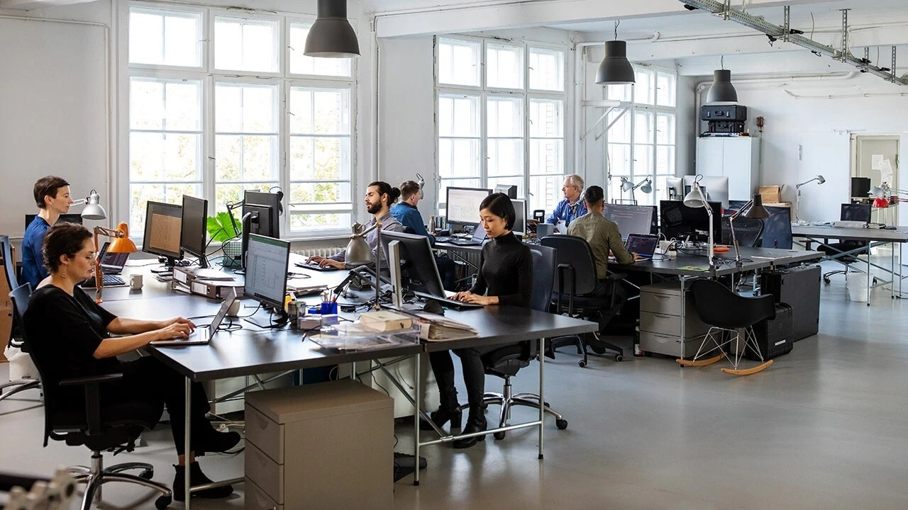 The Muse CEO and co-founder Kathryn Minshew discusses how employees think about the return to office and how the age of the worker impacts their work environment preferences.