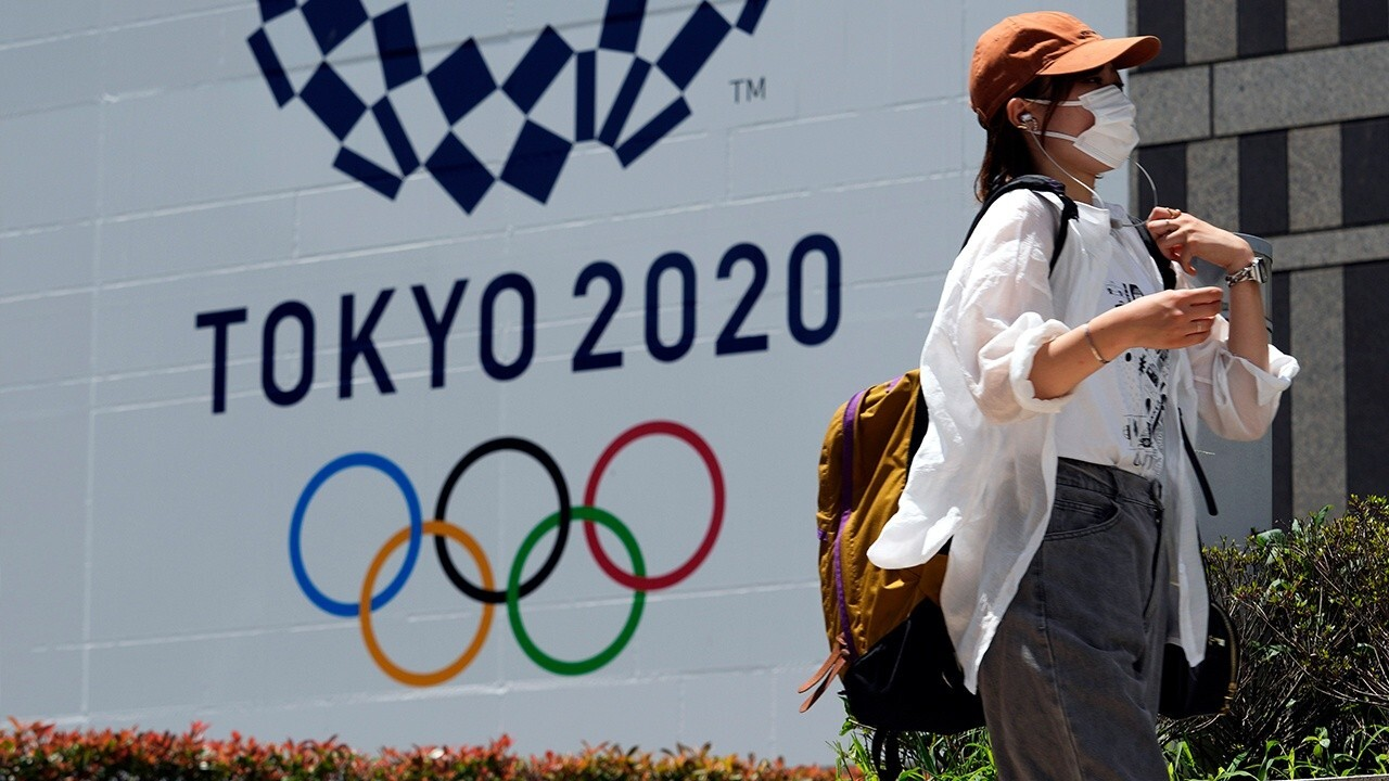 Chris Smith of Sports Business Journal discusses his experience being in Tokyo and covering the Olympics amid the coronavirus pandemic.