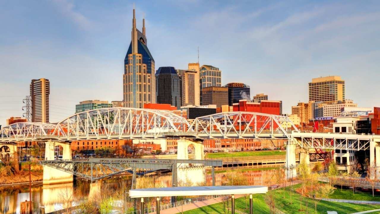 Honky Tonk Party Express owner Grant Rosenblatt discusses Nashville businesses seeing growth as COVID fears recede. FOX Business' Madison Alworth with more on the city's influx of wedding-related parties.