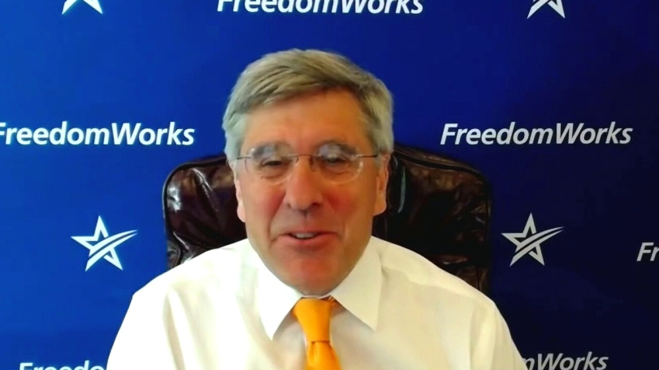 Fox News contributor Liz Peek and economist Steve Moore discuss America's tax rates on 'Kudlow'