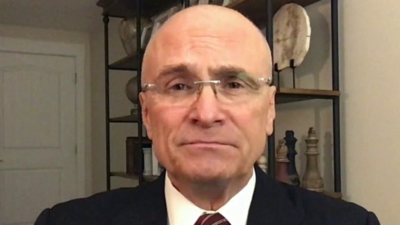 The restaurant sector 'needs a lot of help': Andy Puzder