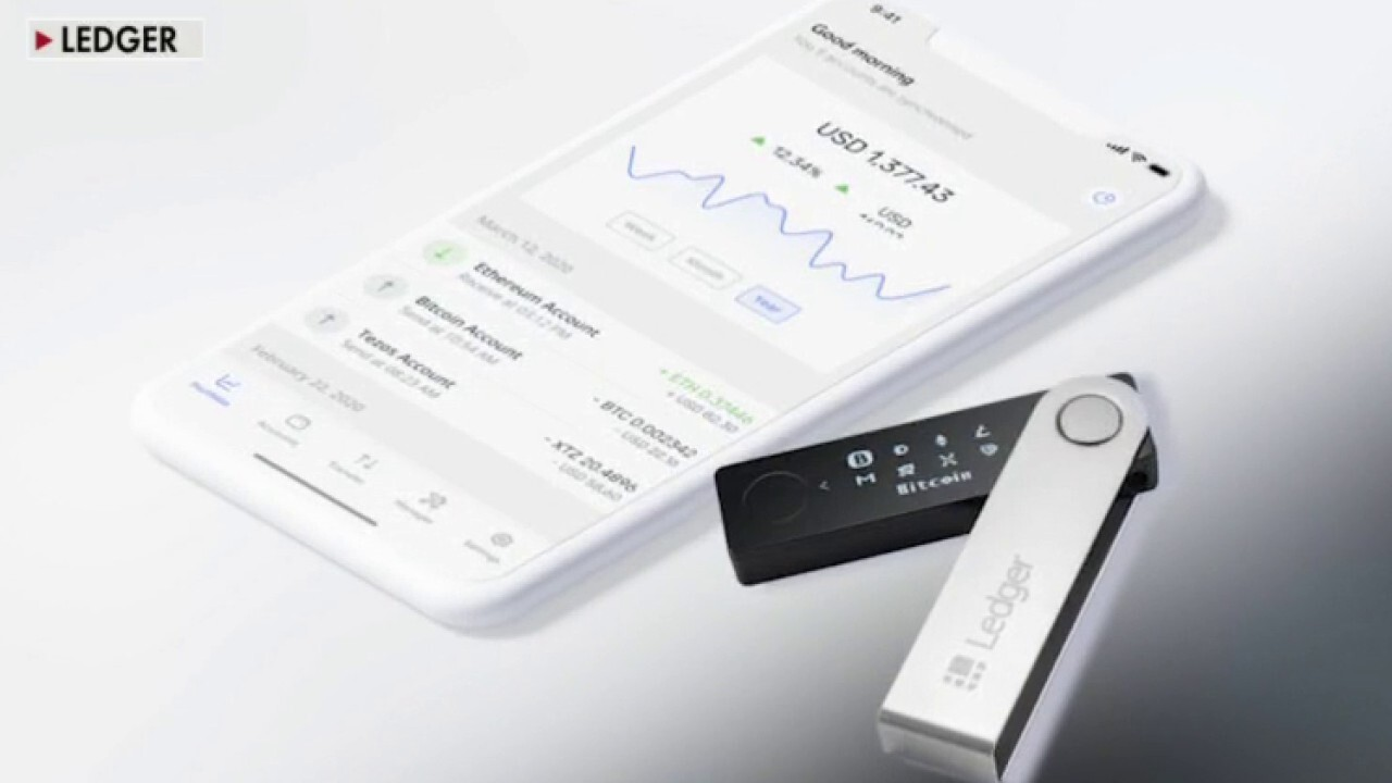 'Ledger' CXO Ian Rogers explains how the company's wallet stores and secures cryptocurrency information.