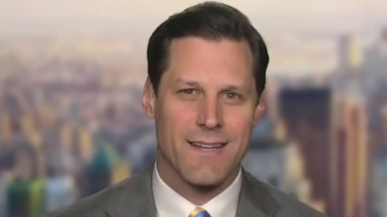 Fox News contributor and The King's College business professor Brian Brenberg reacts to Montana refusing extra federal jobless payments.