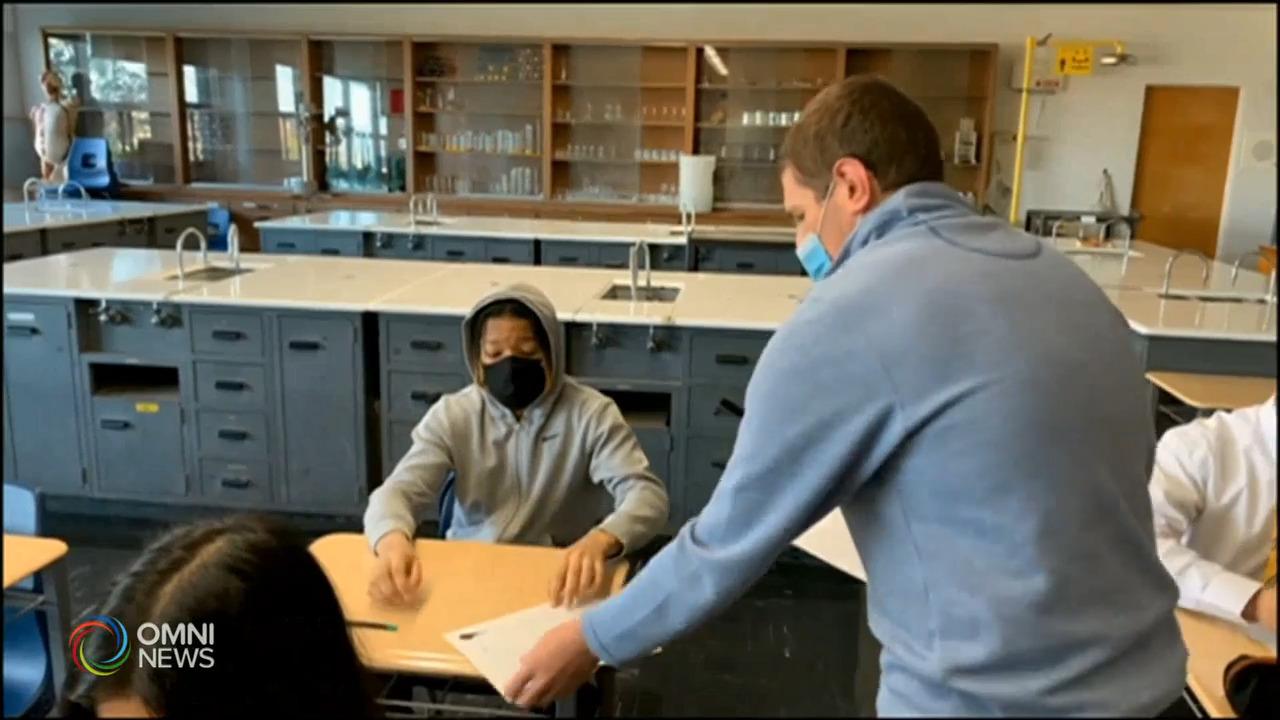 九月學生室內上課要帶口罩 — Aug 03, 2021 (ON)